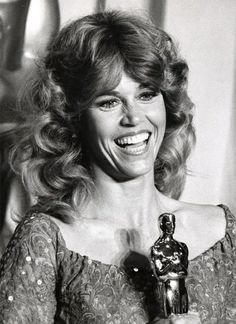 "Jane Fonda 1978 Best Actress Oscar winner for ""Coming Home"". Two time Oscar winner 1971 and Academy Award Winners, Oscar Winners, Academy Awards, Johnny Carson, Hollywood Stars, Classic Hollywood, Jane Fonda Barbarella, Les Oscars, Romain Gary"