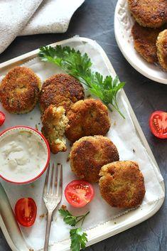 Juditka konyhája: ~ CUKKINIS QUINOAFASÍRT ~ Tandoori Chicken, Quinoa, Eggs, Breakfast, Ethnic Recipes, Food, Morning Coffee, Essen, Egg