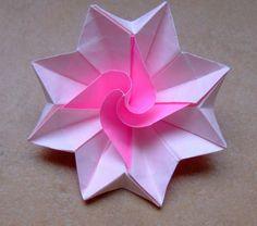 origami-facile-fleur-un-jeu-amusant-etoile-duration-faire-fleurs