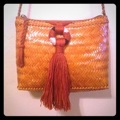 """vintage woven purse! With neutral toned tassle Strap measures 20"""" long. So cute with woven tassel! Please let me know if you have any questions!! Vintage Bags"""