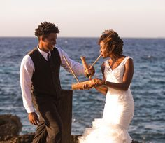 Planning Your Cannabis Wedding? Check Out These Tips From An Expert ............. There are many ways you can incorporate cannabis into your wedding ...............Marijuana / Cannabis / News / Events