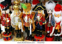 An Army of nutcrackers is soo impressive!