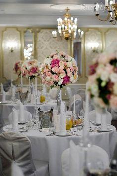 Floral_Concept_store_by_Eva_Klimek_Dwór_Sieraków (15) Wedding Inspiration, Concept, Table Decorations, Store, Floral, Home Decor, Decoration Home, Room Decor, Larger