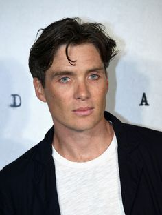 """Cillian Murphy Photos - Cillian Murphy attends the """"Anthropoid"""" UK film premiere at the BFI Southbank on August 2016 in London, England. Beautiful Boys, Gorgeous Men, Pretty Boys, Beautiful People, Hello Beautiful, Billy Idol, Traje Peaky Blinders, Murphy Actor, Photos Free"""