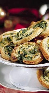 Spinach pastry puffs