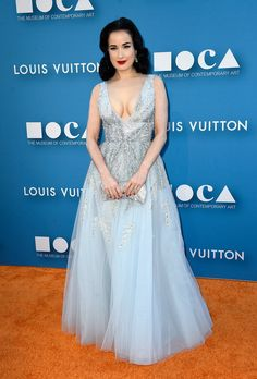 3. Dita Von Teese At The 2015 MOCA Gala | The Most Fab And Drab Celebrity Looks Of The Week