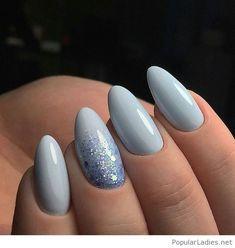 Amazing grey manicure with glitter