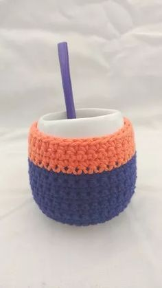 Mate De Cerámica Con Funda Dos Colores A Crochet - $ 150,00