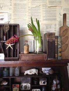 Vintage Interiors: The taste of Petrol and Porcelain | Interior design, Vintage Sets and Unique Pieces