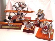 Model radial engines built by Les Stone Aluminum Can Crafts, Aviation Decor, Radial Engine, Motor Engine, Hobby Toys, Small Engine, Vintage Models, Rc Model, Steam Engine