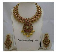 Rubies mango necklace