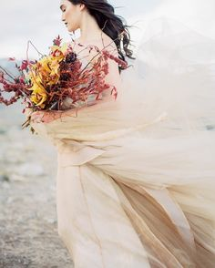 561 отметок «Нравится», 22 комментариев — Jeremy Chou   Fine Art Wedding (@jeremychouphotography) в Instagram: «Would you let me see beneath your beautiful, would you let me see beneath your perfect. - Labrinth…»