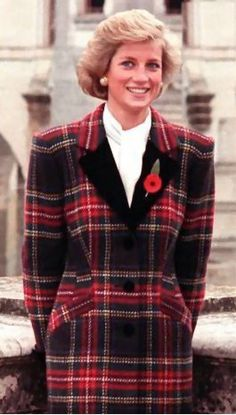 November 9, 1988: Princess Diana at the Chateau De Chenonceau in the Loire Valley, France.