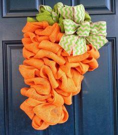 Deco mesh carrot for Easter
