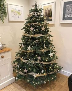 Essential things for unique easy christmas decorations home from christmas trees 14 – fugar Rose Gold Christmas Decorations, Elegant Christmas Trees, Ribbon On Christmas Tree, Christmas Tree Themes, Noel Christmas, Christmas Tree Toppers, Rustic Christmas, Beautiful Christmas, Christmas 2019
