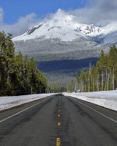 Oregon Usa, Mount Rainier, Country Roads, Mountains, City, Nature, Travel, Naturaleza, Viajes