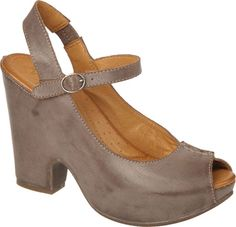 accd53351b92 Naya Maeve in Washed Oxford Brown Leather from PlanetShoes.com Best Shoes  For Teachers