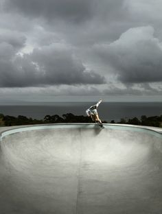 Ken Hermann Shoots Pro Skaters for Hasselblad Masters 2012 Hang Ten, Longboards, Red Bull, Skate Photos, Skate And Destroy, Action Photography, Creative Photography, Skate Style, Awesome