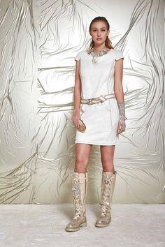 DANIELA DALLAVALLE - Lookbook #danieladallavalle #collection #woman #elisacavaletti #PE17 #dress #boots #necklace