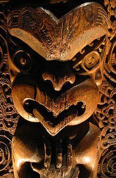 Detail from a tāhūhū (ridgepole of a house), Ngāti Awa, Bay of Plenty, New Zealand, circa 1840. Believed to represent one of two ancestors: Tūwharetoa or Kahungunu.
