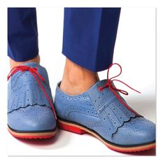 Comfortable blue leather Oxford women's golf shoes are good for golf course or city street. Super comfortable & water repellant. Kilties included. Buy at equiptforplay.com
