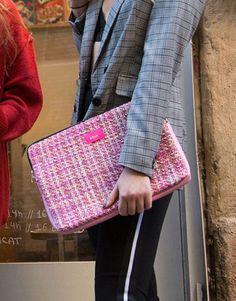 funda-portatil-rosa-tweed-2 Tablets, Unisex, Pretty In Pink, Tweed, Tote Bag, Bags, Fashion, Pink, Laptop Sleeves