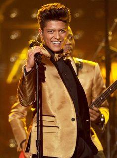 Bruno Mars 2012 Grammys very entertaining