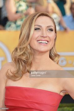 Actress Sasha Alexander attends the 20th Annual Screen Actors Guild Awards at The Shrine Auditorium on January 18, 2014 in Los Angeles, California.