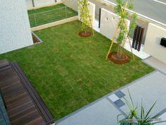モノトーン色調と芝のコントラストが美しい庭 つくばみらい市