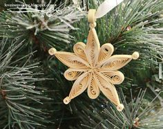 Love in Envelope: Almost 2013 Quilled Gold Snowflake Star Ornament http://loveinenvelope.blogspot.com/2012/12/almost-2013-quilled-gold-snowflake-star.html