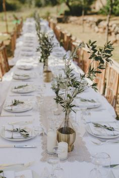 Style Southern Italian Wedding at the Family's Estate wedding centerpieces Style Southern Italian Tuscan Wedding, Rustic Wedding, Provence Wedding, Classic Wedding Decor, Classic Weddings, Elegant Wedding, Winter Wedding Receptions, Wedding Dinner, Wedding Set