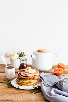 Hazelnut Milk Crêpes with Spelt Flour / Crepes lait de noisette - Carnets Parisiens Breakfast And Brunch, Best Breakfast, Breakfast Recipes, Brunch Recipes, Breakfast Pancakes, Sunday Brunch, Romantic Breakfast, Sunday Morning, Brunch Table