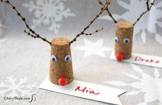 Gather a few twigs and drink up your wine—you'll need corks and antlers to make super cute reindeer place cards! Christmas Place Cards, Christmas Names, Christmas Tag, Simple Christmas, Christmas Ideas, Christmas Decorations, Coastal Christmas, Christmas Things, Christmas Inspiration