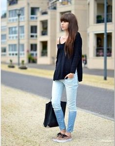 Angora V-neck jumper: ASOS / jeans: Zara / Leopard trainers: Vans (with blue here) / Bag: Alexander Wang [source: lovelybylucy] Vans Style, Style Me, Sporty Style, Casual Outfits, Cute Outfits, Fashion Outfits, Winter Outfits, Jeans And Vans, Types Of Fashion Styles