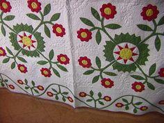 232: Antique Quilt Applique with Floral Design : Lot 232