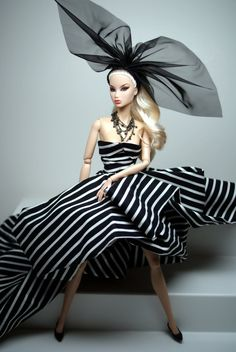 Fashion Royalty Doll