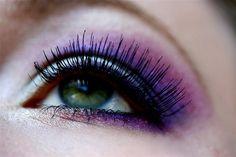 love purple smoky on my eyes (:
