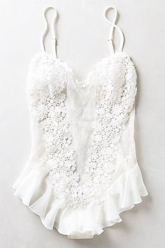 That would be a cute bathing suit to bring on your honeymoon...