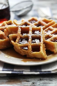 Super fluffy and rich dutch cream waffles - JUST 4 INGREDIENTS!