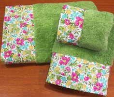 toallas decoradas tela | TOALLAS MUY ROMÁNTICAS, CON TELA LIBERTY