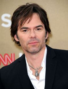 Billy Burke at the 2011 CNN Heroes: An All Star Tribute at the Shrine Auditorium. Hottest Male Celebrities, Famous Celebrities, Celebs, Billy Burke Actor, List Of Famous People, Alpha Male, Twilight Saga, American Actors, Candid