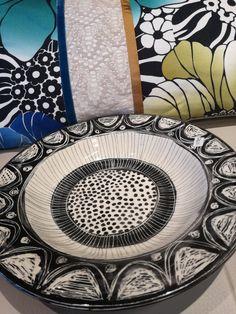 my ceramic bowl with Missoni cushion Ceramic Bowls, Missoni, Mosaic, Cushions, Ceramics, Drawings, Tableware, Artwork, Artist