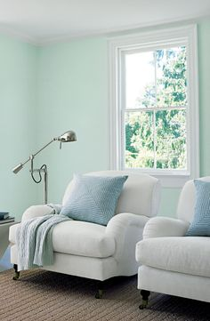The charm of fresh country style captured in a color, Ralph Lauren Paint Signet Green.