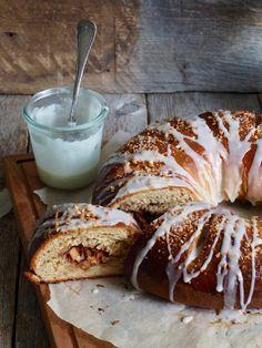 Kringle med epler, ingefær og mandler Nigel Slater, Vegan, French Toast, Bread, Baking, Breakfast, Food, Buns, Norway