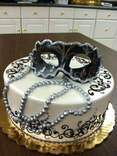 I found the perfect cake for my masquerade birthday party for me and my family Masquerade Party Cake, Sweet 16 Masquerade, Masquerade Ball, Masquerade Wedding, Cupcakes, Cupcake Cakes, Sweet 16 Birthday, 50th Birthday, Birthday Cake