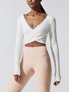 Takara-Gamaschen mit hoher Taille aus rosa Quarz, Source by yoga outfit Yoga Outfits, Cute Workout Outfits, Workout Attire, Dance Outfits, Workout Wear, Sport Outfits, Cute Outfits, Dance Workout Clothes, Workout Clothing