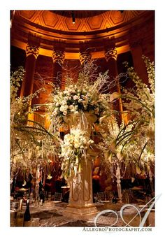 DAVID TUTERA WEDDING RECEPTIONS | gotham_hall_david_tutera_wedding- table arrangements for reception in ...