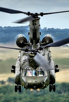 Chinook helicopter. http://helicopterblog.com