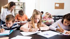 Escola bilíngue: vale a pena ensinar outro idioma para crianças?
