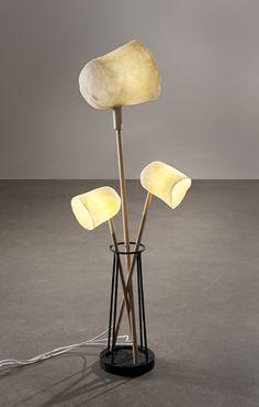 Elise Gabriel is a young French designer who has a series of furniture -- L'étreinte (The Embrace) -- on exhibit at Galerie Gosserez in Paris, France. Gabriel, Modern Furniture, Home Furniture, Furniture Design, Lamp Design, Lighting Design, Sofa Seats, Desk Light, Modern Retro